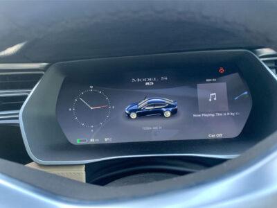 Tesla Model S 85 - AWE-6