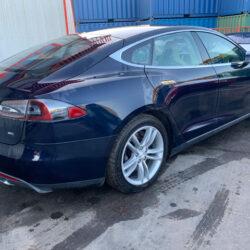 Tesla Model S 85 - AWE-7
