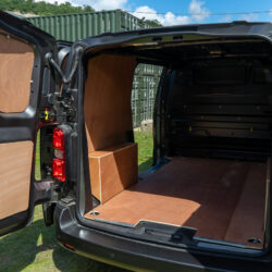 Peugeot e-Expert van for sale interior